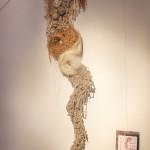 « Estomac » laine, raphia, corde, 280 cm
