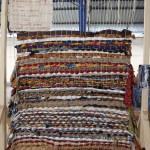 « Métier à métisser » bois, tissu, corde, raphia, 280 cm