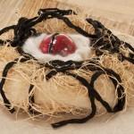 « Sans titre » céramique laine, fibres, 40x40 cm