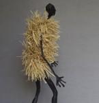 « Sans titre » rafia, papier mâché, céramique raku, 90 cm